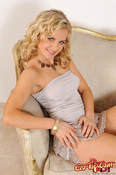 Милая развратница  Эротика. Смотреть фото красивых голых девушек бесплатно