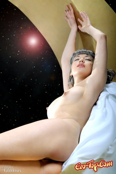 Лунная богиня  Эротика. Смотреть фото красивых голых девушек бесплатно
